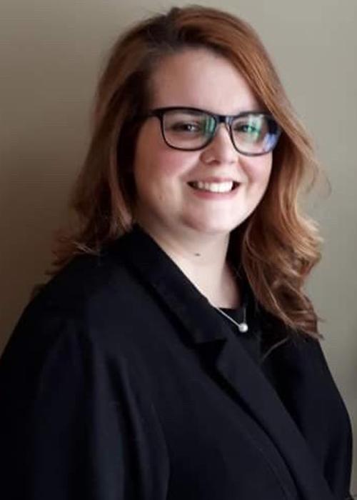 Ève-Marie Sarah<br /> Adjointe administrative